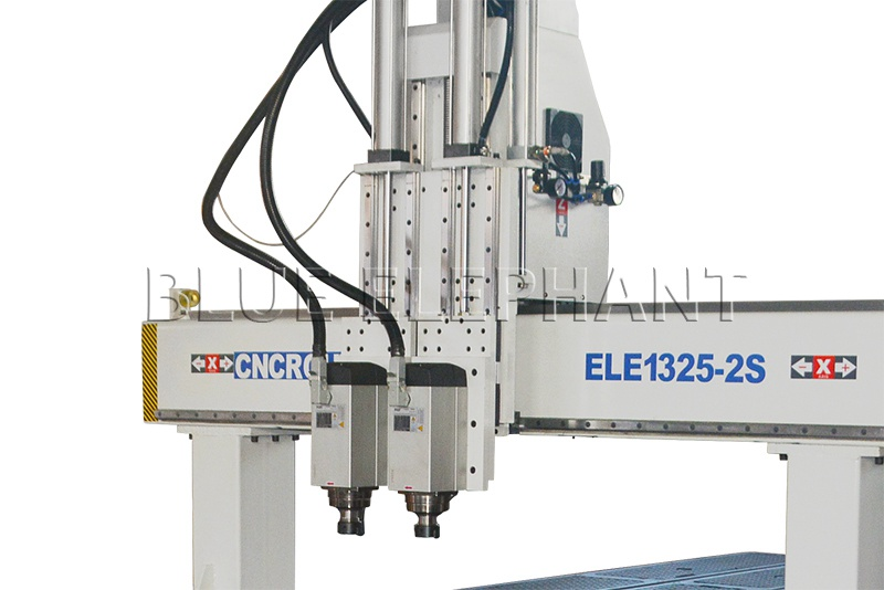 4.5kw hqd air cooled spindle of 1325 pnuematic system 2 spindles cnc router with high z travel