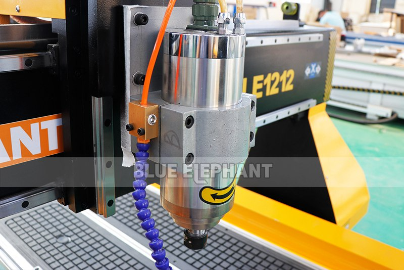 detail 02 for 1212 mini woodworking cnc router