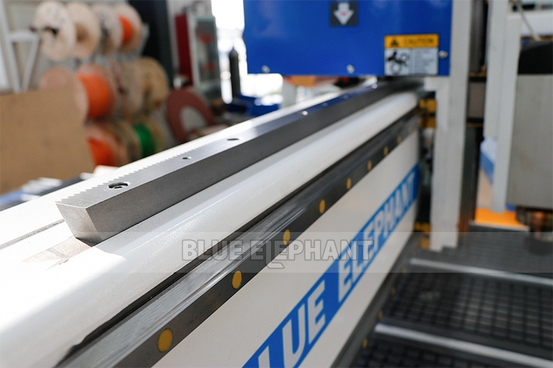 new detail 03 for 1325 3d wood cnc router machine
