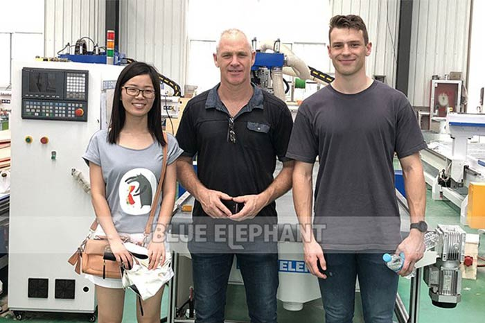 Australia-Customer-Visiting-for-CNC-Plasma-Cutters-6