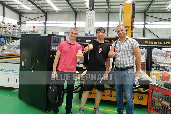 Belarusian-customer-visiting-for-CNC-plasma-cutter-2